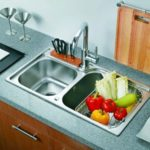 Как установить мойку на кухне своими руками?