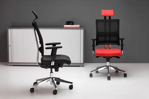 Выбираем стулья и кресла для офиса